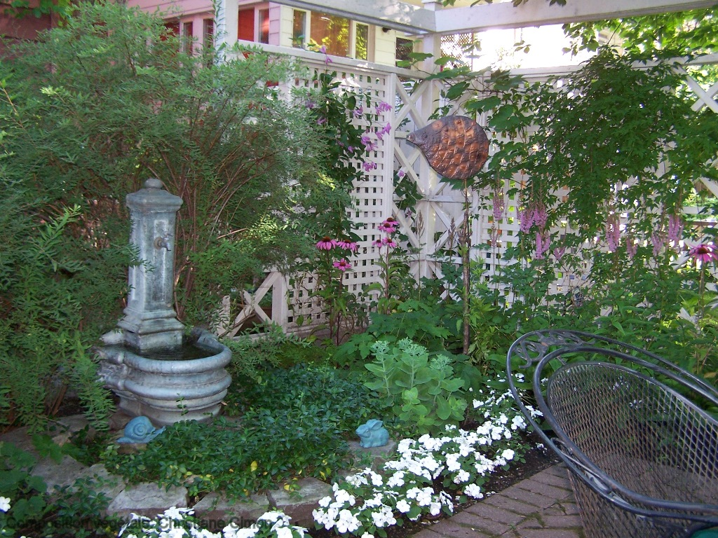 Awesome petit jardin de ville pictures amazing house for Petit jardin de ville